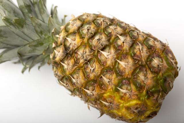 パイナップル - 花言葉は「あなたは完全です」