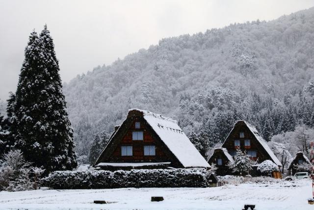 12月9日 白川郷・五箇山の合掌造り集落が世界遺産に登録