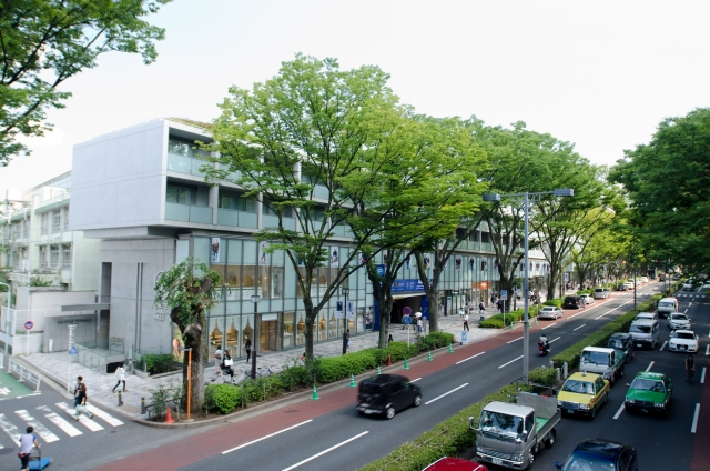 2月11日 表参道ヒルズ開業:2006年