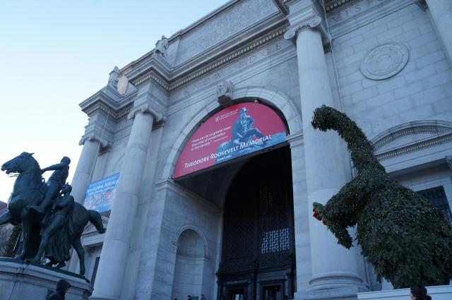 2月20日 メトロポリタン美術館開館:1872年