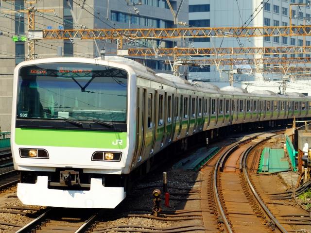 3月1日 品川駅 - 赤羽駅の「山の手」間の運送開始:1885年