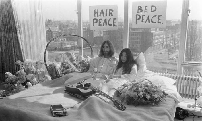 3月20日 ジョン・レノンとオノ・ヨーコが結婚:1969年