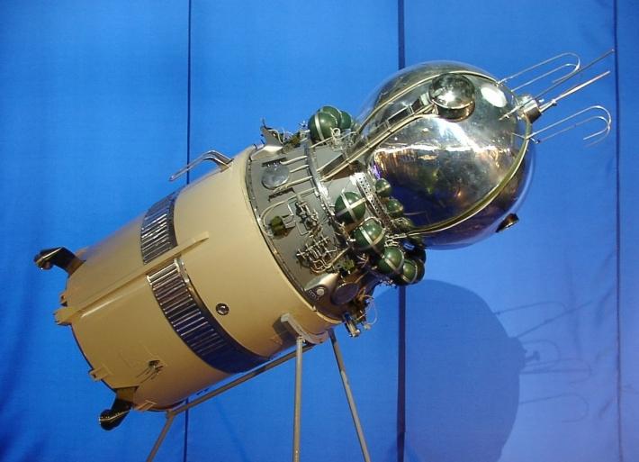 4月12日 世界宇宙飛行の日、ユーリーズナイト(宇宙飛行士の日:ロシア)