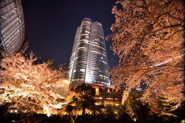 4月25日 「六本木ヒルズ」開業:2003年