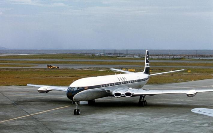 5月2日 世界初のジェット旅客機「コメット」運用開始:1952年